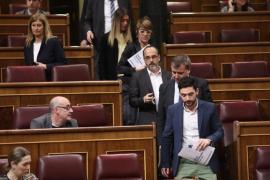 Podemos y los diputados nacionalistas abandonan el pleno del Congreso en solidaridad con Homs