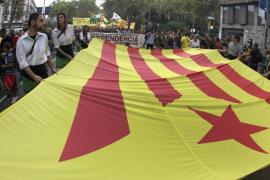 Los contrarios a la independencia de Cataluña ganarían por 4 puntos