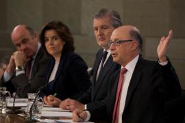 El Gobierno adelanta 7.969 plazas de la oferta pública de empleo de este año