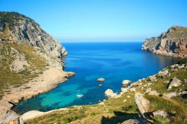 El Govern aprueba un gasto de 3,3 millones de euros para limpiar las aguas del litoral balear