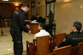 El joven acusado de asesinar a una mujer en Es Fortí confiesa el crimen ante el juez