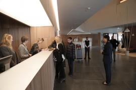 El hotel del Palacio de Congresos recibe a sus primeros huéspedes