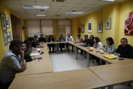 La debilidad de Barceló lleva a Podemos a pedir un «cambio de rumbo» en Turisme