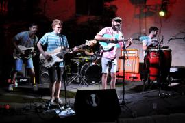 'Nit Tropical', una fiesta en Sa Possessió