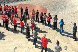 El Pacte ve «machista e intimidatorio» el pasillo de los bomberos a Pastor