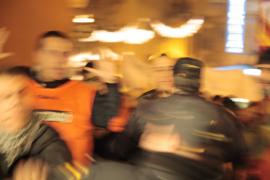 La Policía arresta a tres jóvenes por los altercados del acto independentista del 30 de diciembre