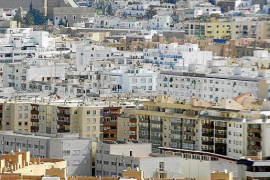 Detenido en Ourense por alquilar viviendas 'fantasma' de Ibiza por internet