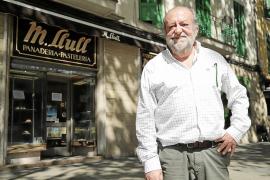 La pastelería Llull también cierra