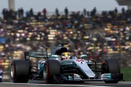 Hamilton vuelve a ganar en China