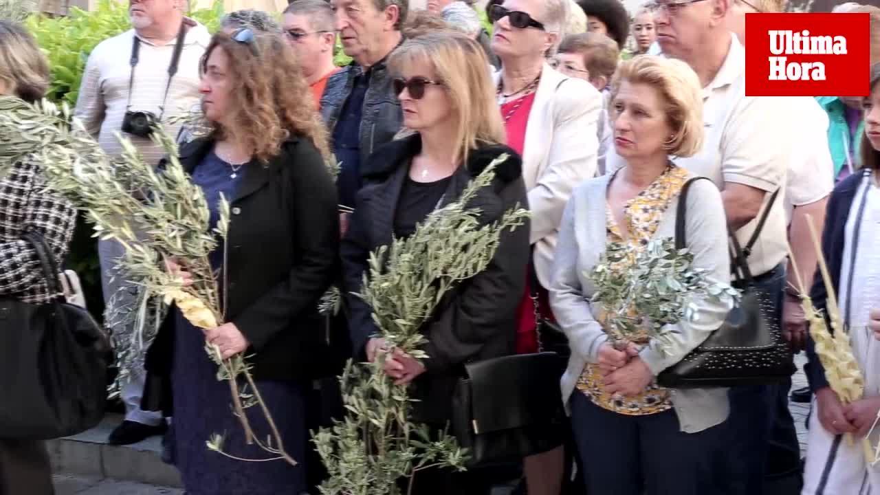 La bendición de las palmas da inicio a la Semana Santa en Palma
