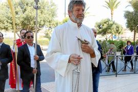 El Parque de la Paz acoge la bendición de palmas e inicio de la procesión hacia el Rosario
