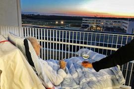 La última voluntad de Carsten y la humanidad del hospital conmueven a la red