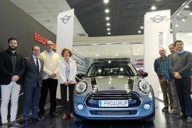 Proa Premium cedió un Mini 5 puertas al IES Pau Casesnoves