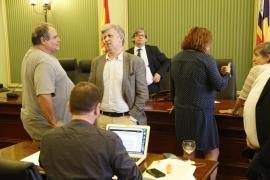 La Comisión de investigación de las autopistas de Ibiza concluye que hubo gestión irregular del PP
