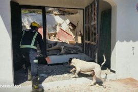 Cae el techo de una vivienda en Cala Rajada sin causar víctimas
