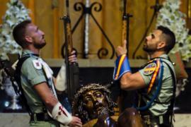 Compromís pregunta por qué la Legión cantó el «Novio de la muerte» a niños con cáncer