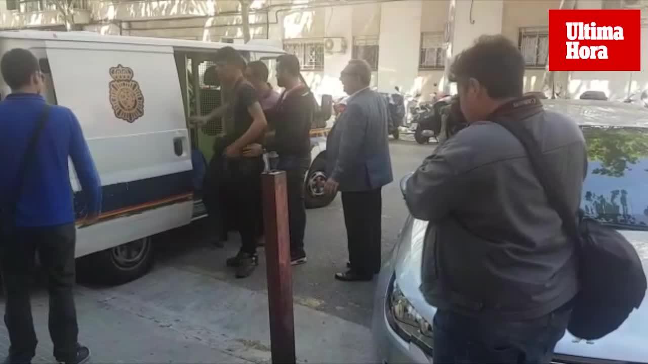 Entre los 14 detenidos tras llegar en una patera a Mallorca solo hay un menor