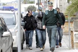 Los ocho inmigrantes detenidos pasarán hoy a disposición judicial