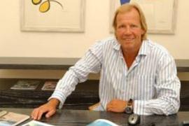 Kühn defiende que tenía «absoluta confianza» en su ex director financiero