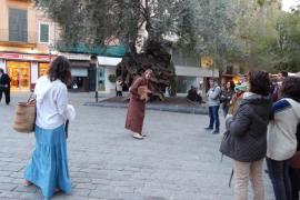 'Historias, espejismos y verdades de Palma', una visita guiada y teatralizada por Palma