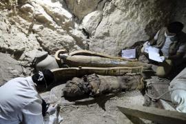 Descubren en Luxor una tumba de un noble faraónico con varias momias