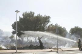 Controlado el incendio en Es Mercadal que ha quemado 0,8 hectáreas de pinar