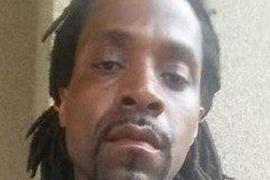 Mata tres personas en Fresno porque odia «a los blancos»