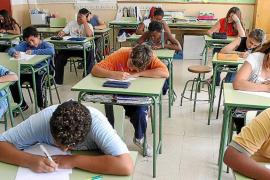 1.500 alumnos de Baleares acabaron ESO con asignaturas suspendidas, según el FFB