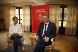 El calvismo saca la cresta en apoyo de Susana Díaz y a la vera de Zapatero