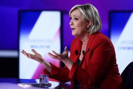 Le Pen pide la restauración «inmediata» las fronteras nacionales