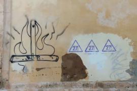 Pintan una cruz en llamas en la pared de un convento de monjas de clausura en Palma