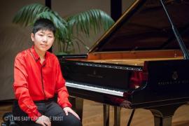 El joven virtuoso del piano Lixin Zhang recala en Son Marroig