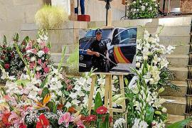 La Policía Nacional despide a una compañera fallecida en Palma