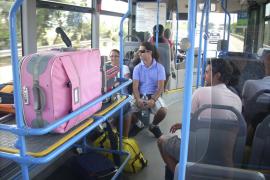Los autobuses del aeropuerto circularán por zonas turísticas a partir del 3 de mayo