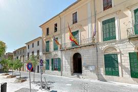 Asaltan el Ajuntament de Porreres y roban la bandera de España