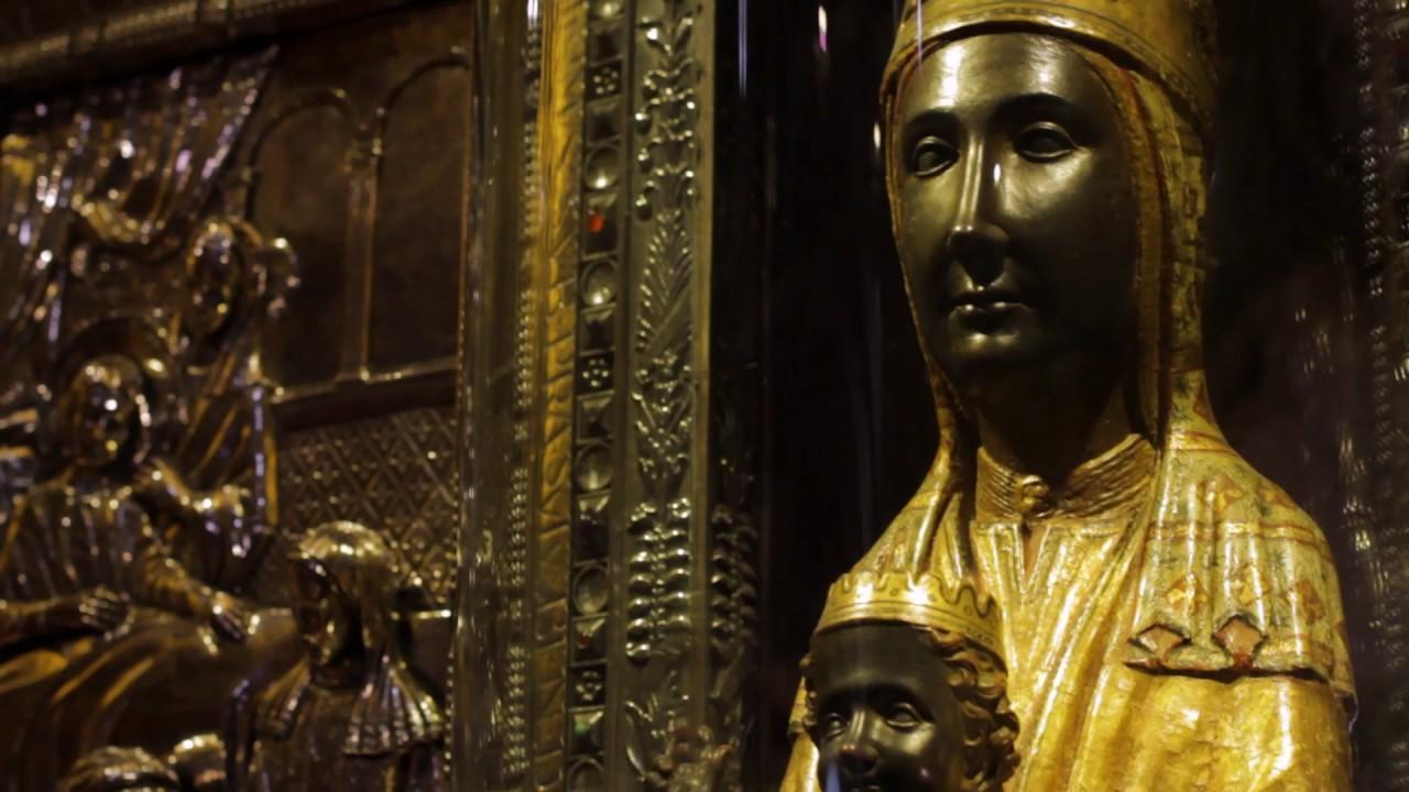 Arran enciende la red aunando visibilidad lésbica y la Mare de Déu de Montserrat