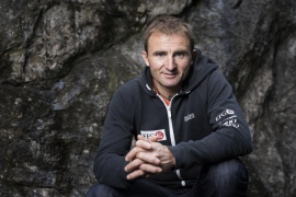 Fallece el alpinista suizo Ueli Steck mientras se entrenaba en el Himalaya