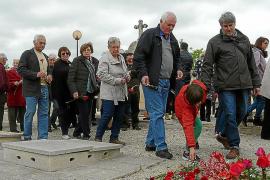 Homenaje a los republicanos en Montuïri con el anhelo de abrir la fosa