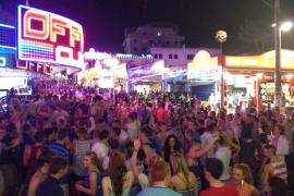 Hoteleros de Mallorca rechazan tener turistas británicos en los alojamientos de todo incluido