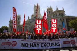 Los sindicatos advierten a los empresarios que sufrirán un «calvario» si no suben los salarios