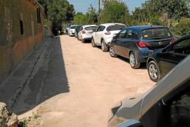 La masificación en Cala Varques se propaga hasta las otras calas vírgenes de Manacor