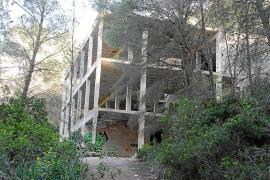 MÉS per Capdepera alerta del peligro de un edificio ruinoso en zona ANEI