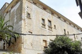 La Guardia Civil se lleva del Ajuntament de Pollença cientos de expedientes urbanísticos