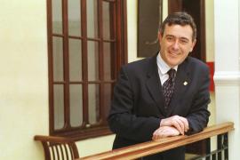 Rami pone anuncios en prensa para  elegir a los miembros de su candidatura