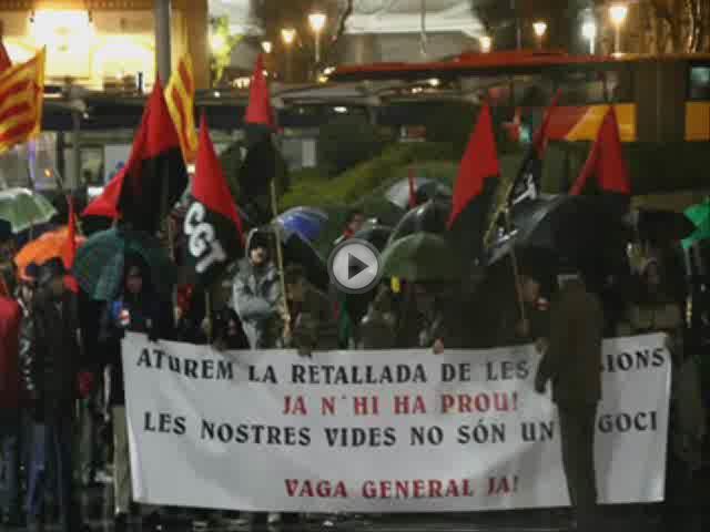 Decenas de personas protestan en Palma contra el recorte de las pensiones