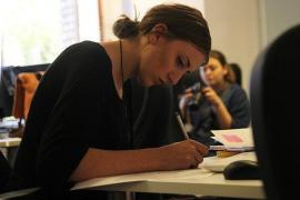 Una de cada cuatro mujeres españolas renuncia a tener hijos por avanzar en su carrera profesional