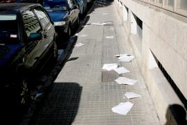 El Ajuntament estudia prohibir el reparto de folletos de publicidad comercial