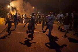 Matan a tiros a un dirigente estudiantil chavista mientras crece la tensión opositora en Venezuela