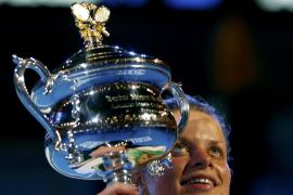 Clijsters extiende su dominio en Melbourne
