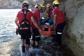 Un joven, herido grave al caer de siete metros en el mirador des Pontàs